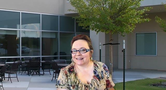 Paciente en rehabilitación - Beth Maples